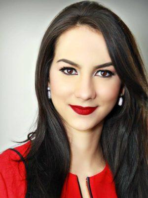 Adriana Perez photo